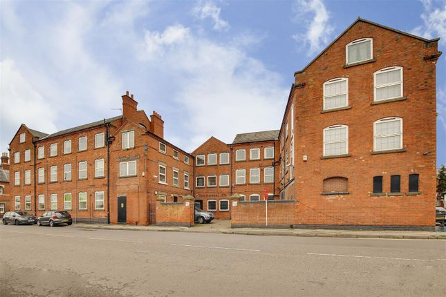 2 bed flat for sale in Radford Road, Basford, Nottinghamshire NG7