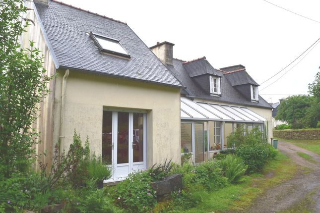 Thumbnail Detached house for sale in 29690 Huelgoat, Finistère, Brittany, France