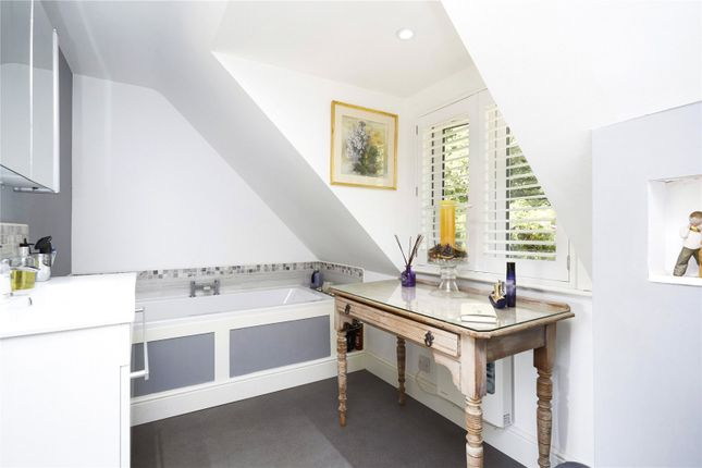 Picture No. 04 of Woodland Cottages, Park Lane, Brook, Godalming GU8