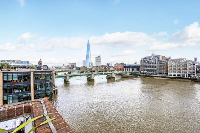Thumbnail Property for sale in Queens Quay, 58 Upper Thames Street, London