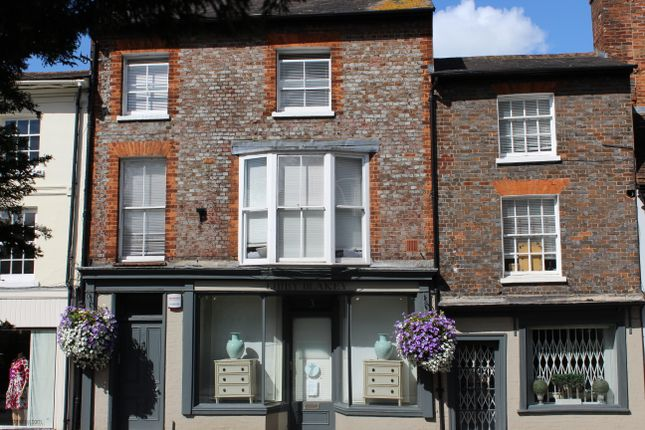 Thumbnail Flat for sale in 3 Bridge Street, Hungerford