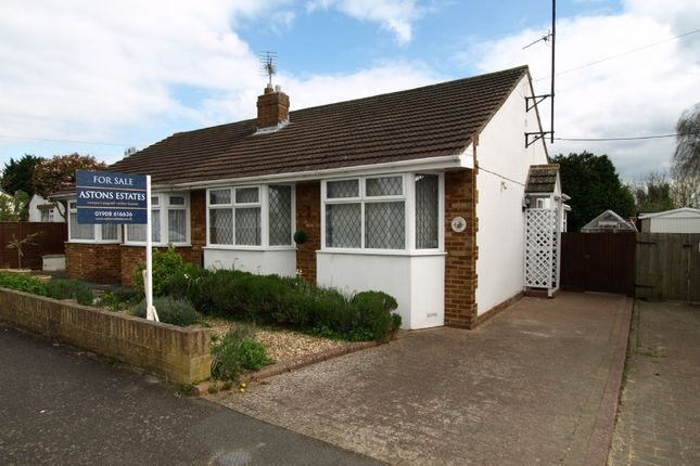 2 bed bungalow for sale in Linford Avenue, Newport Pagnell, Buckinghamshire