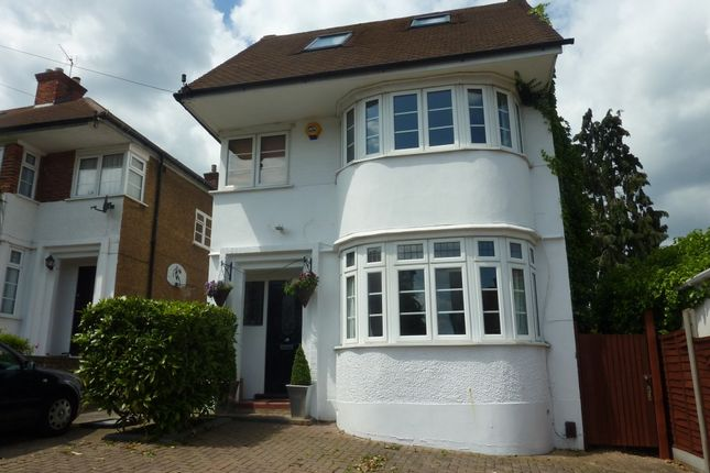 4 bed detached house to rent in Cheyne Hill, Surbiton