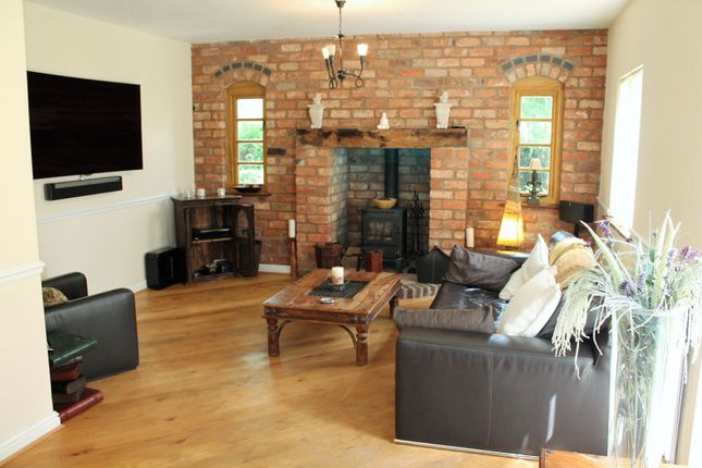 Drawing Room of Cedar Tree Close, Stourport-On-Severn DY13