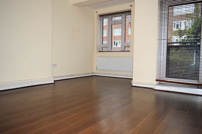 Thumbnail Flat to rent in Stutfield Street, Tower Hill, Aldgate East