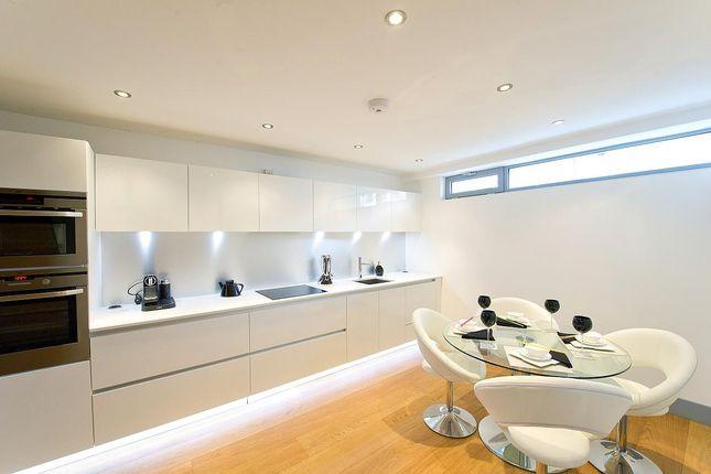 Thumbnail Mews house to rent in Waterfront Mews, Arlington Avenue, Islington, London