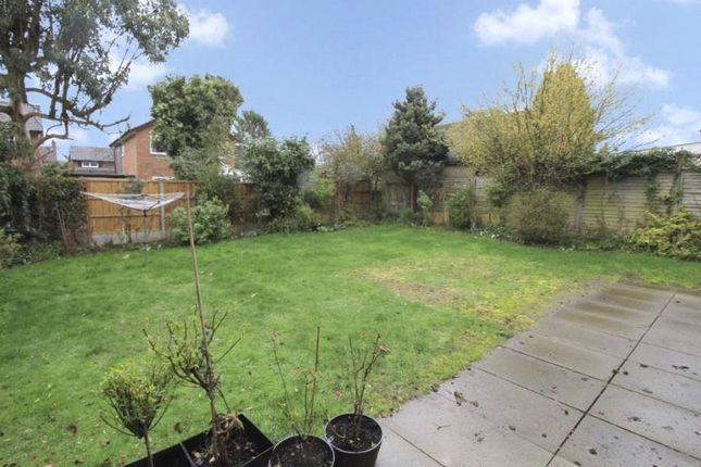 Picture No. 08 of Ladygate Lane, Ruislip, Middlesex HA4