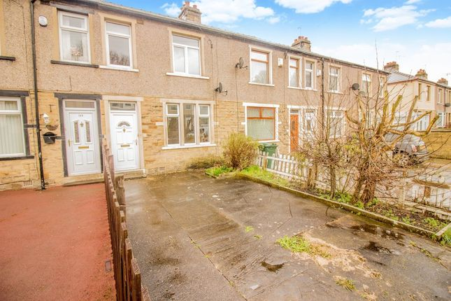 Thumbnail Town house for sale in Carr Bottom Avenue, Bankfoot, Bradford