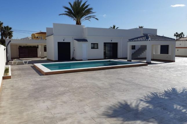 Villa for sale in Las Torretas, Torrevieja, Torrevieja