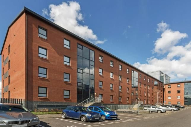 Thumbnail Flat for sale in Cardon Square, Renfrew, Renfrewshire