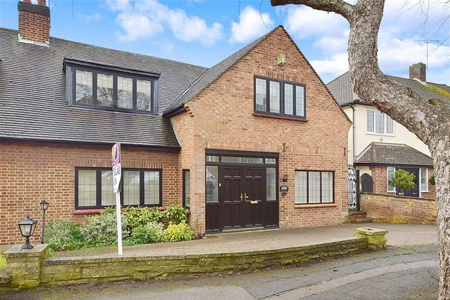 4 bed semi-detached house for sale in Newlands Road, Woodford Green, Essex