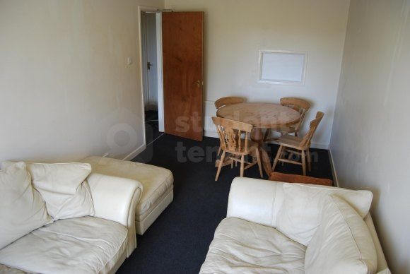 Dsc_0031 of Smithson Close, Poole, Poole BH12