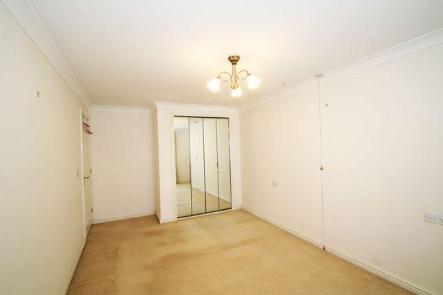 Bedroom One of Popes Lane, Totton, Southampton SO40