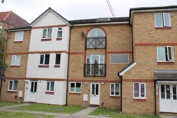 Thumbnail Flat to rent in Vine Place, Hounslow