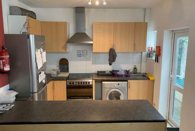 Property to rent in Rhyddings Terrace, Brynmill, Swansea