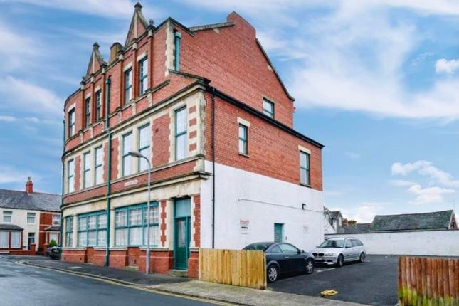 1 bed flat to rent in Woodlands Road, Barry CF62