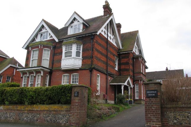 Thumbnail Flat to rent in King Henrys Road, Lewes