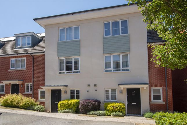 Thumbnail Terraced house for sale in Blossom Drive, Orpington, Kent