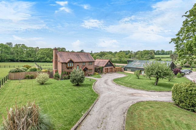 Thumbnail Detached house for sale in Reading Room Lane, Curdridge, Hampshire