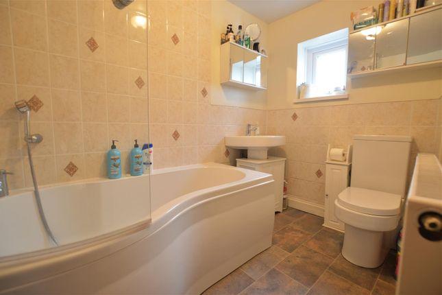 Bathroom of Ammanford Road, Llandybie, Ammanford SA18