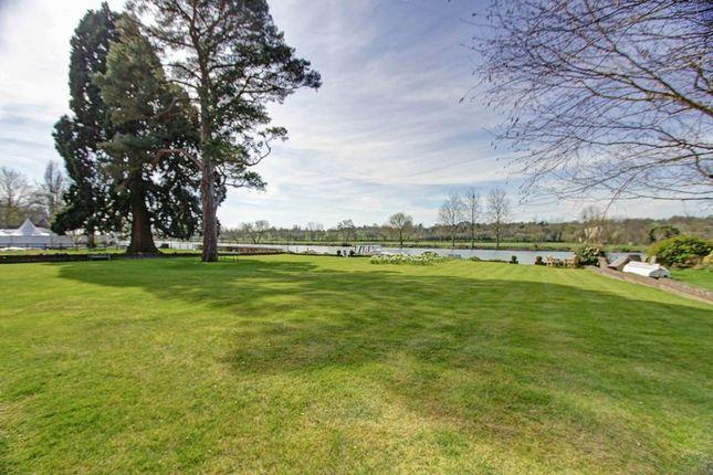 Expansive Lawns of Sumptuous Riverside Apartment, Riversdale SL8