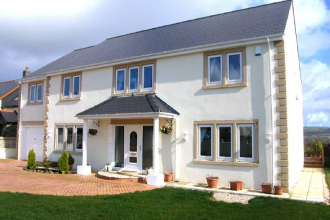 Thumbnail Property for sale in Heol Hen, Nr Llanelli, Carmarthenshire