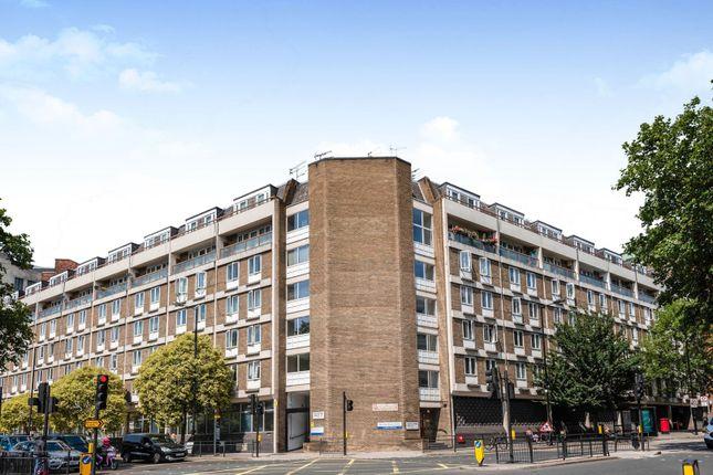 Flat in   Bishops Bridge Road  London Notting Hill