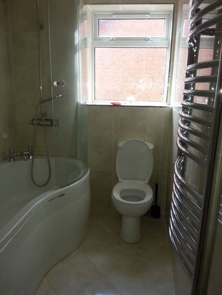 Thumbnail Detached house to rent in Weston Drive, Bilston