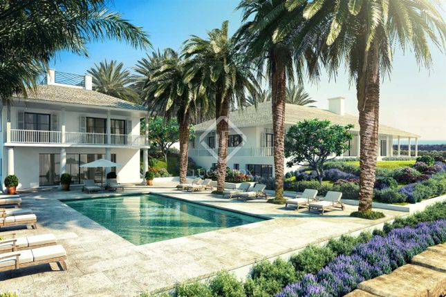 Thumbnail Villa for sale in Spain, Andalucía, Costa Del Sol, Marbella, Estepona, Mrb8618