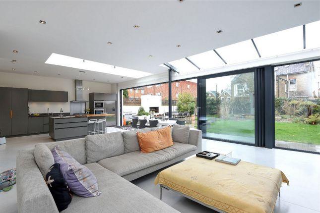 Thumbnail Detached house to rent in Mortlake Road, Kew, Richmond