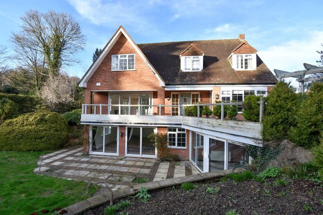 Thumbnail Detached house to rent in Hockett Lane, Cookham Dean