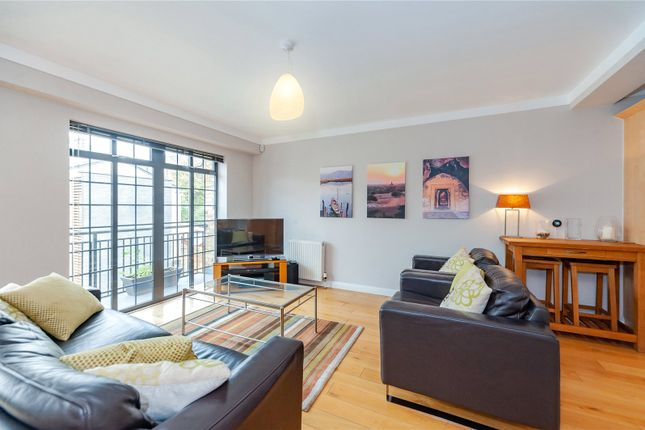 Thumbnail Property for sale in St. Pauls Crescent, London