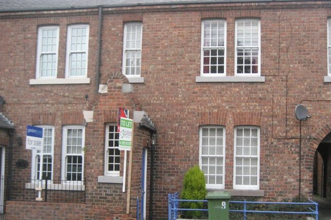 2 bed flat to rent in Silksworth Lane, East Herrington, Sunderland