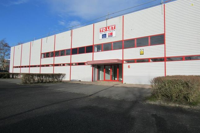 Light industrial to let in Clarendon Drive, Wymbush, Milton Keynes