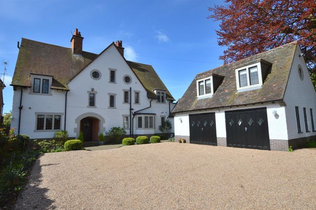 Thumbnail Detached house for sale in Hazelwood Road, Duffield, Belper