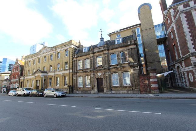 Thumbnail Flat to rent in Canute Road, Southampton