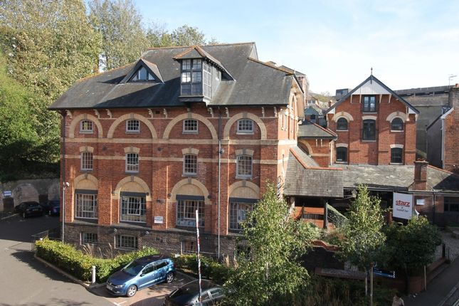 Thumbnail Flat to rent in Lower North Street, Exeter