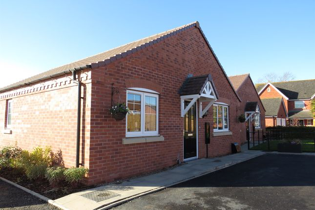 Thumbnail Detached bungalow for sale in Napton Road, Stockton, Southam