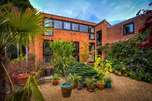 Thumbnail Detached house for sale in Chapel Hill, Stansted