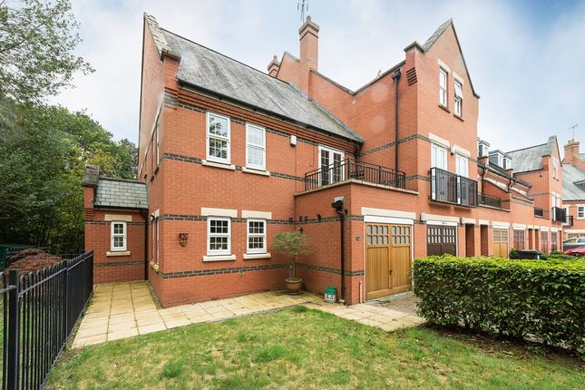 Thumbnail Semi-detached house to rent in Boyes Crescent, London Colney, St.Albans