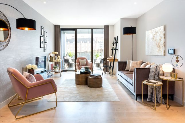 Thumbnail Flat for sale in Ebury Place, Sutherland Street, London