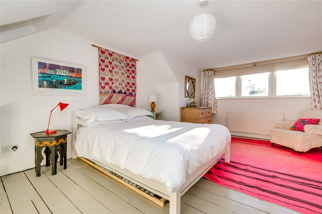 Bedroom of North Pole Road, London W10