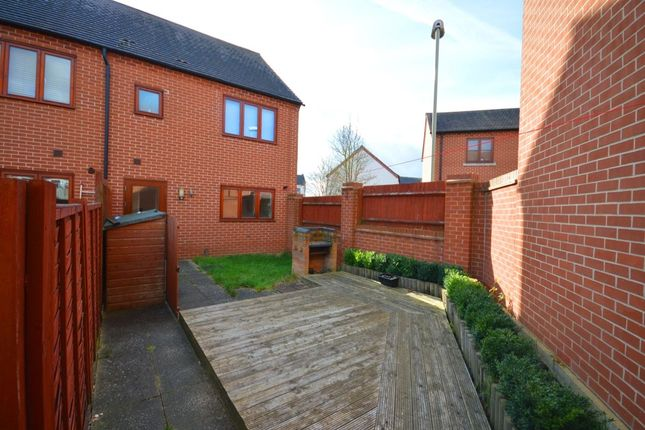 Thumbnail Terraced house to rent in The Spinney, Basingstoke