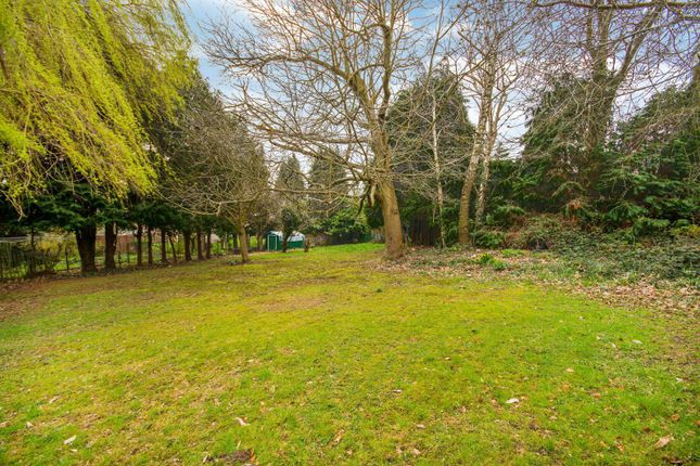 Thumbnail Property for sale in Abbots Green, Gravel Hill