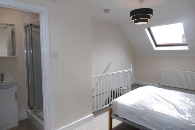 Thumbnail Property to rent in Room At Windsor Street, Beeston
