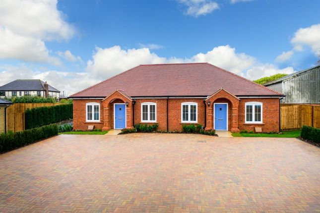 Thumbnail Bungalow for sale in Walnut Tree Way, Meppershall, Shefford