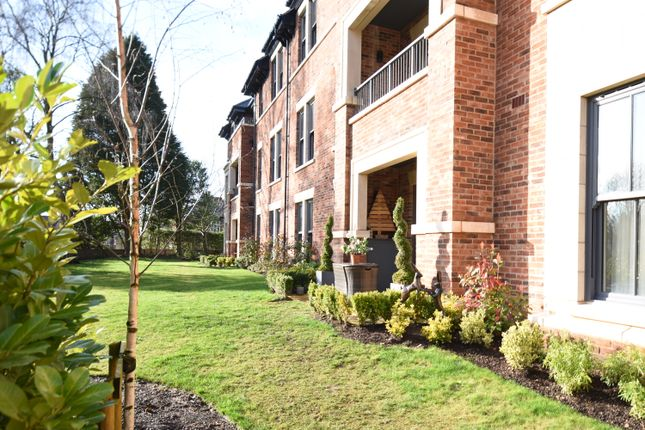Thumbnail Flat to rent in Berkeley House, Chapel Lane, Wilmslow