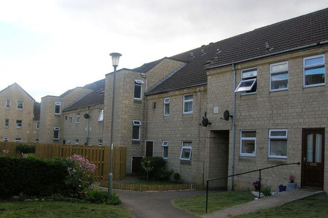 1 bed flat to rent in Field View, Chippenham SN15