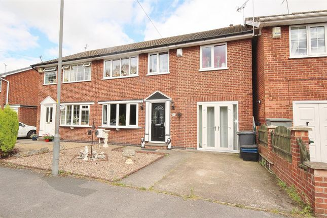 5 bed semi-detached house for sale in Saunters Way, Riccall, York