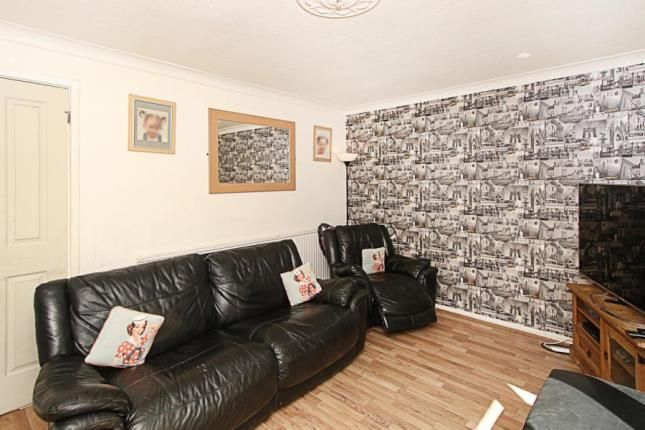 Picture No.04 of Shortbrook Close, Westfield, Sheffield, South Yorkshire S20
